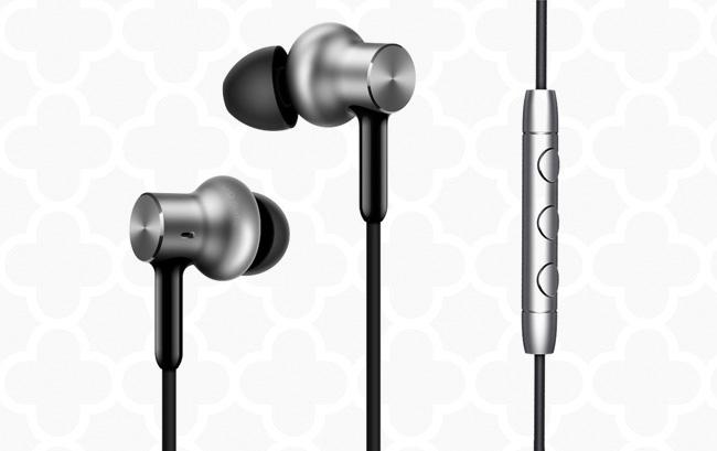 5 mẫu tai nghe in-ear nhét tai dược yêu thích Tai-nghe-xiaomi-1